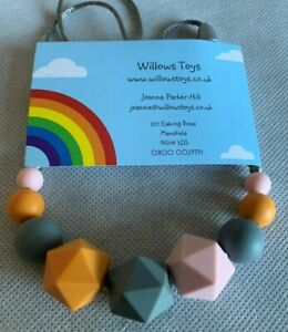 Teething-Necklace-Nursing-Sensory-Silicone-Jewellery-BPA-Free-Pink-Grey-amp-Orange