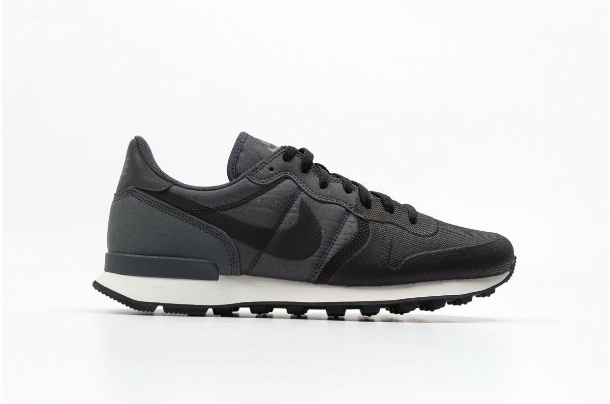 Nike Internationalist PRM SE Black Anthracite Grey size 9. 882018-001. Cheap women's shoes women's shoes