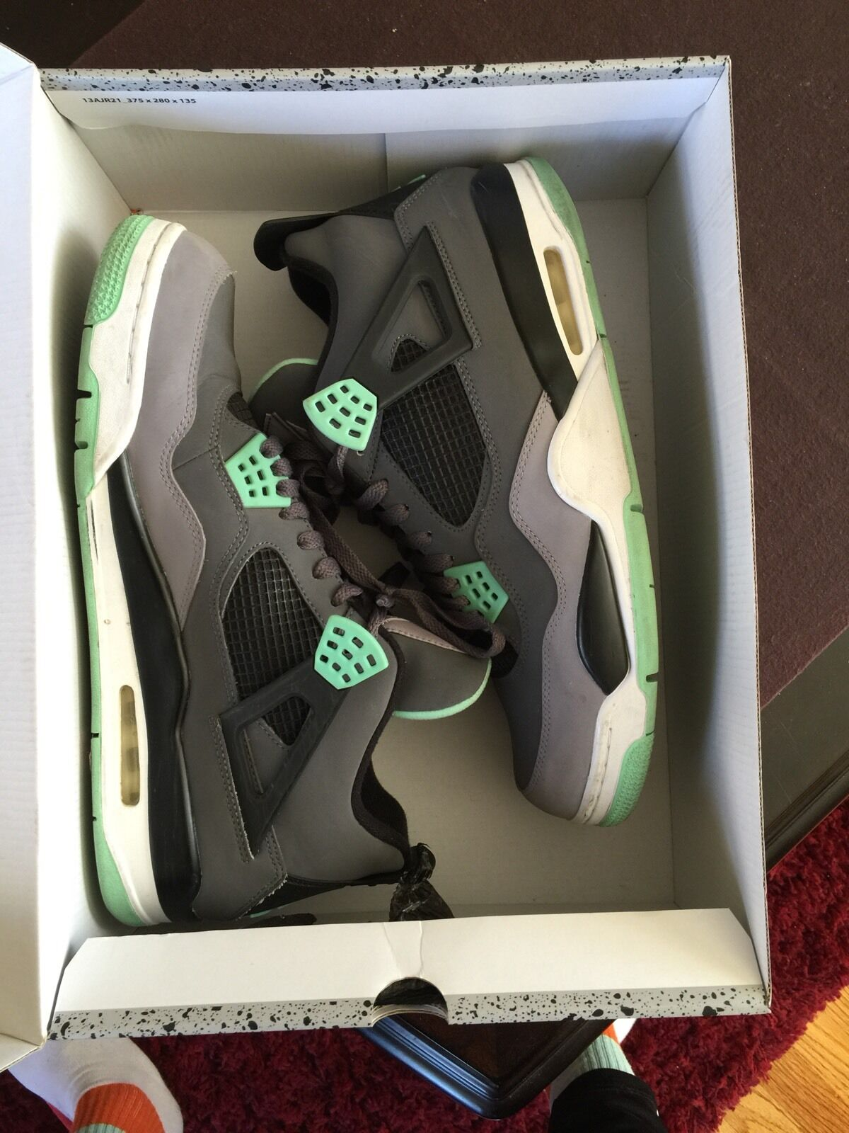 Air Jordan Retro 4 Green Glow