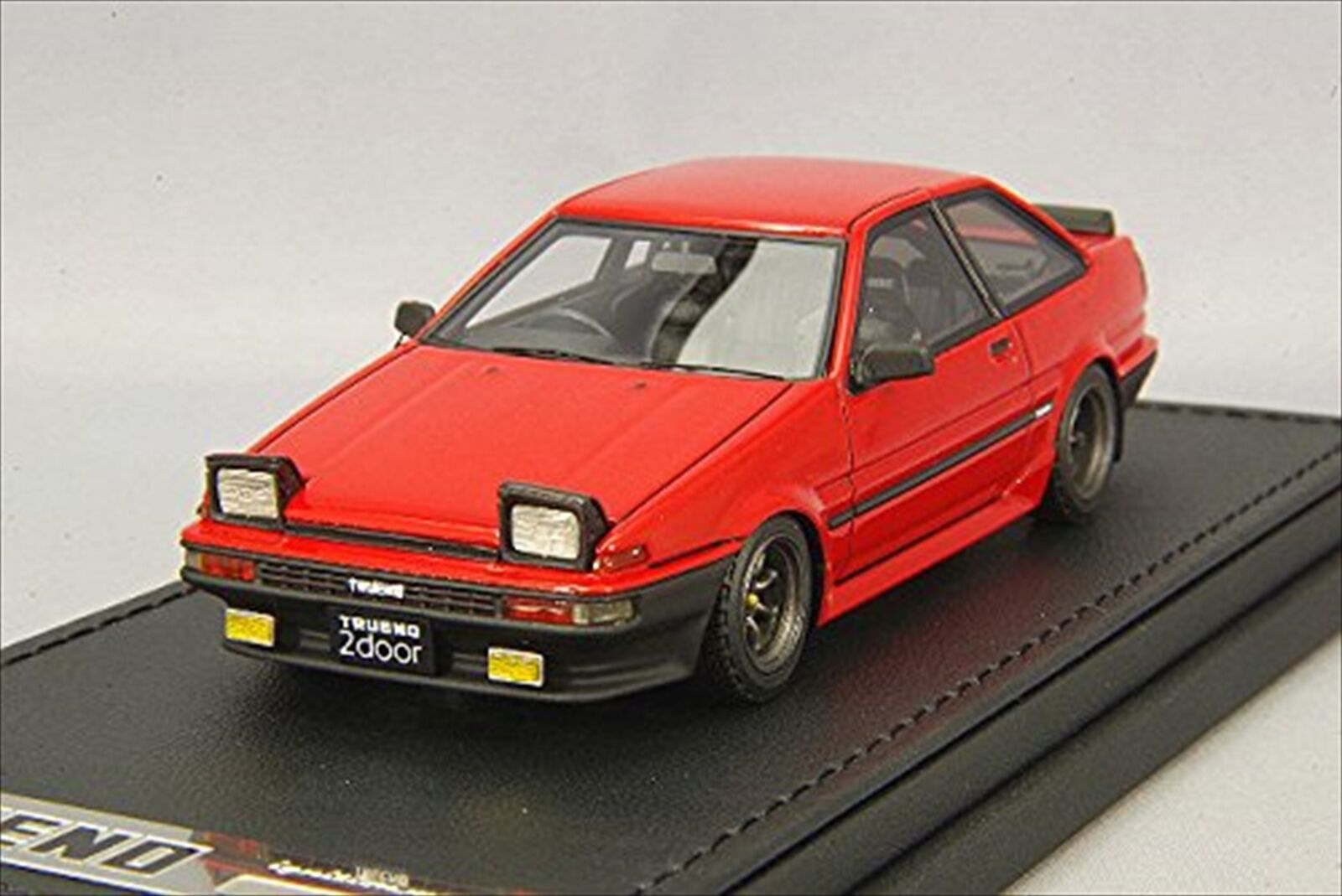 ignition model 1/43 Toyota Sprinter Trueno AE86 2Door GTV Red IG0482
