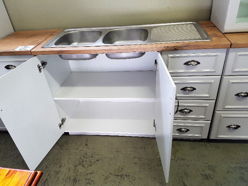 Maidstone Kitchen Double Sink Cabinet With Drawers Port Elizabeth Gumtree Classifieds South Africa 244965727