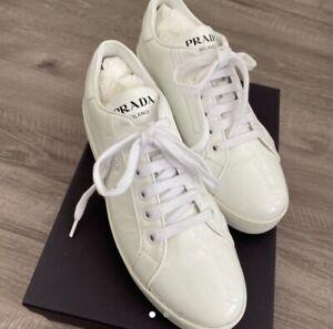 size 5 white prada trainers very good