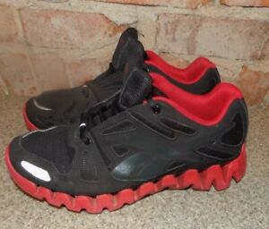 734d2d978c7b Image is loading REEBOK-ZIGTECH-BLACK-TRIMMED-RED-MENS-SIZE-4