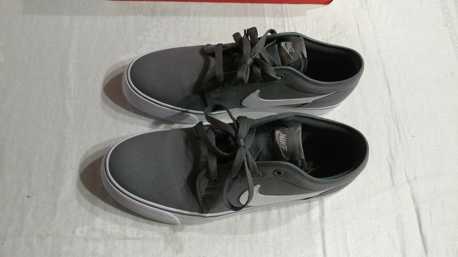Nike Toki Low TXT Sneakers Men Size 10