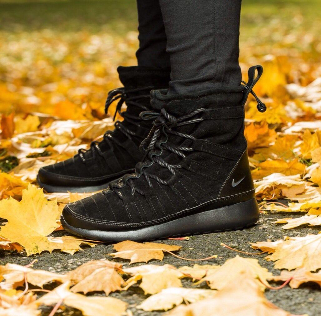 Nike WMNS Roshe One Hi Suede Triple Black Sneakerboot UK 4.5 EU 38 VERY RARE