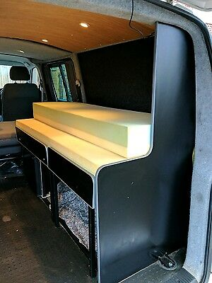 VW T5 kombi bed