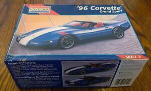 1996-CHEVROLET-CORVETTE-GRAND-SPORT-OPEN-BOX-1-24-MONOGRAM