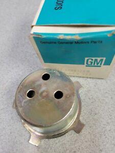 1 GM 393799 WHEEL CAP RETAINER  NOS 1969 CHEVELLE 1966 1972 442 N66 SS WHEEL