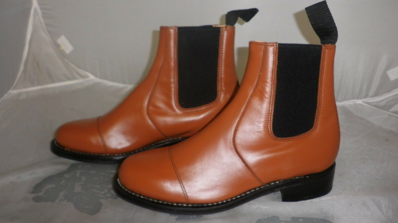 Leather Dealer Boots - Tan - Size  7  Leather Soles  latest styles