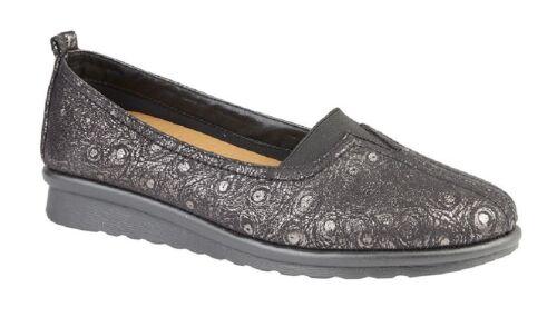 Ladies Boulevard L869 Black Wide Fit Gusset V Cut Casual Shoes