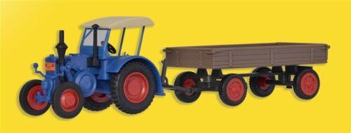 Kibri 12232 H0 Traktor Lanz mit Gummiradwagen