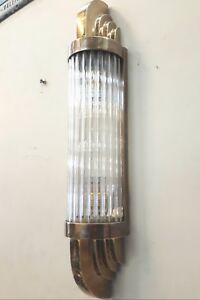 Ancien-Old-Art-Deco-Skyscraper-Laiton-amp-Glass-Rod-Lumiere-Appliques-murale-Lampe