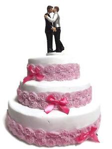 Romantic-Resin-Wedding-Cake-Topper-Figure-Gay-Lesbian-LGBTI-Bridal-Couple