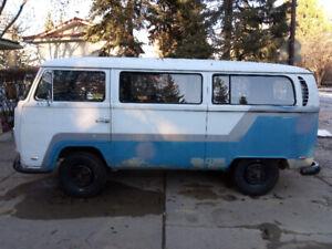 1968 Volkswagen Transporter Bus