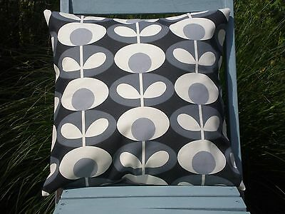 "OVAL FLOWER STEM CUSHION COVER IN COOL GREY 18 X 18/"" HANDMADE"