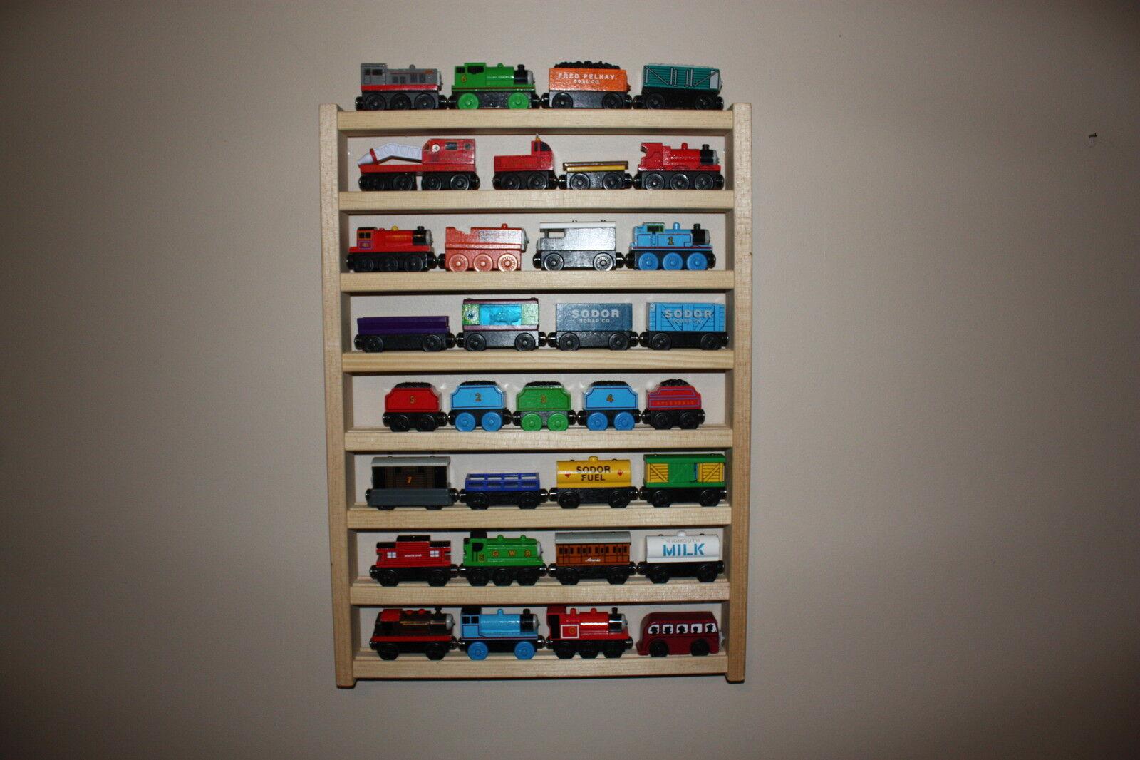 DRIE Train Rack TALLThomas Vrienden tonen opslagmuur houten spoorweg