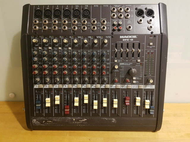 Mixerpult, Mackie  DFX-12, 12 channel compact integrated…