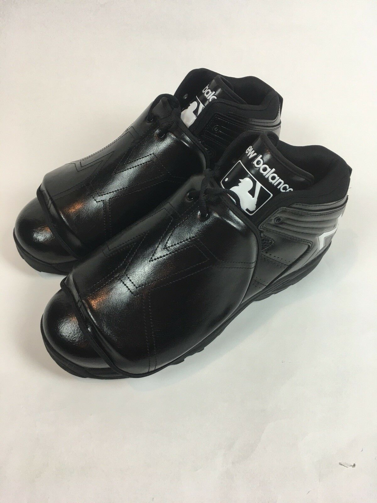Men's New Balance Baseball - Softball Umpire Predective Plate shoes - 15 - New