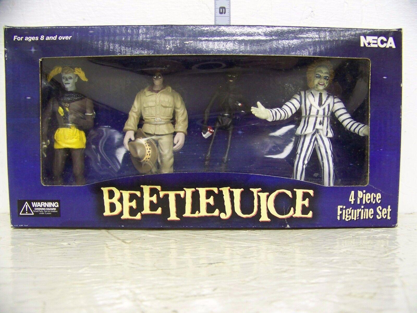 Neca Beetlejuice 4pc Figurine Set Beetlejuice Shrunken Head Guy smoking homme
