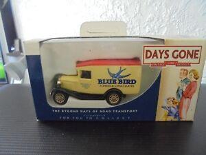 LLEDO-DAYS-GONE-DG013082-MODEL-A-FORD-VAN-BLUE-BIRD