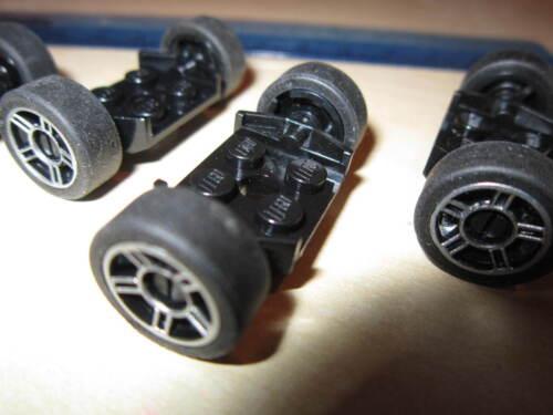4 Black Axle Plates alloy style + Tyres Lego 8 x Silver Spoke Sport Wheel