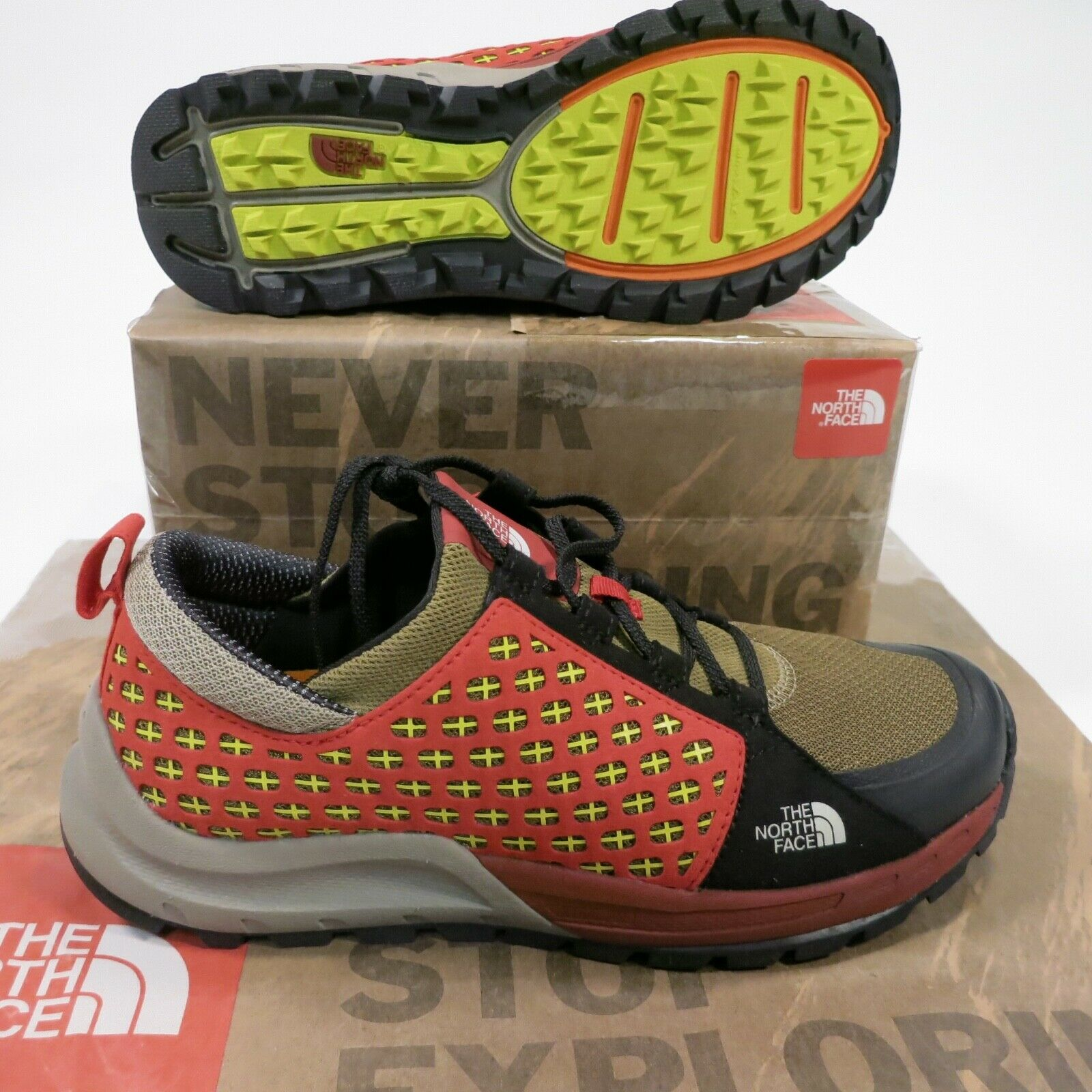 100 North Face Men's Mountain Sneaker Size 10 Red NEW Style NF0A32ZU
