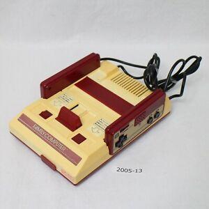 NES-Console-Nintendo-Official-Japanese-Working-HVC-001-Original-Good-2005-013