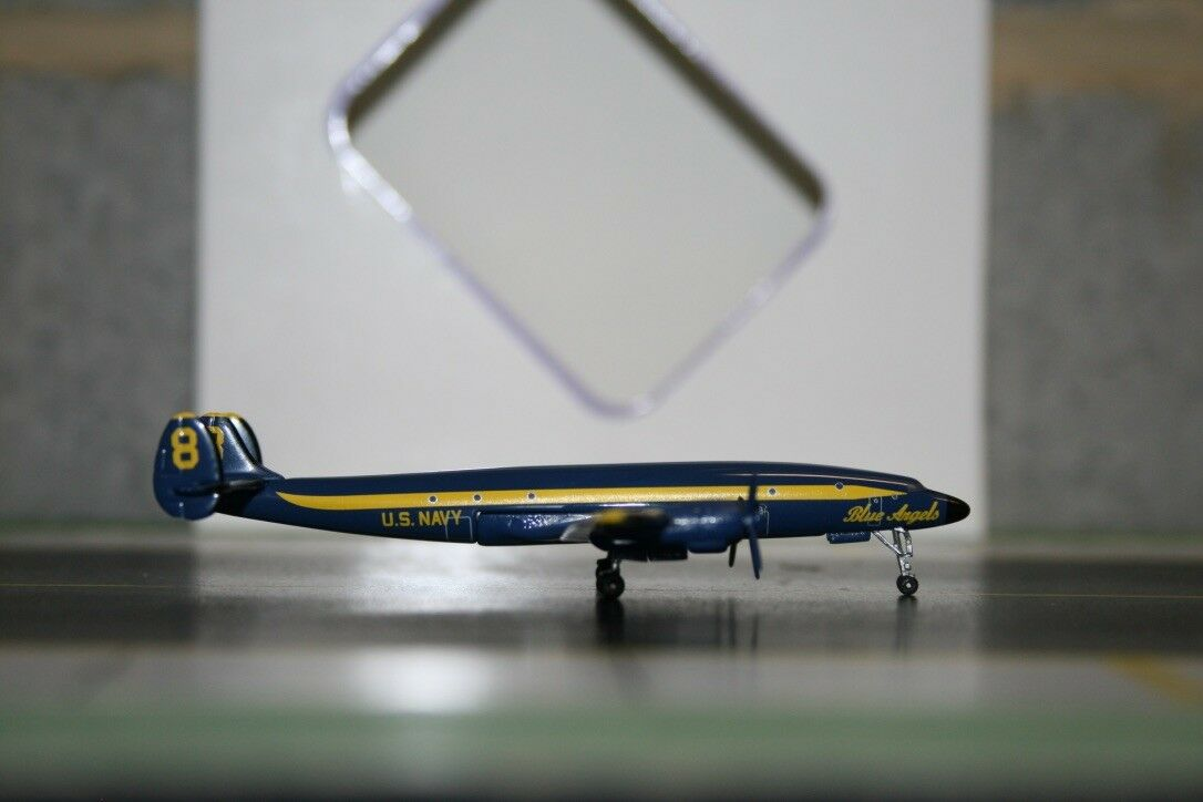Aeroclassics 1 400 US Navy Lockheed L-1049 C-121 Yellow 8  bluee Angels  (ACUSN8)