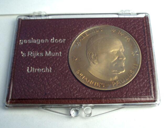 NETHERLANDS 40 JAAR BEVRIJD 1985 40 Years Of Liberation Medal 38mm 21.3g II11.1