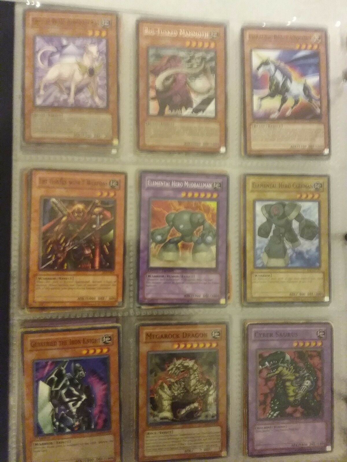 A binder lot of of of 600+  yugioh cards. Commons,rares, super rares, secret rares. 8f0bd6