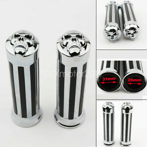 1-039-039-Motorcycle-Handle-Bar-Skull-End-Hand-Grips-For-Yamaha-Suzuki-Honda-Chrome