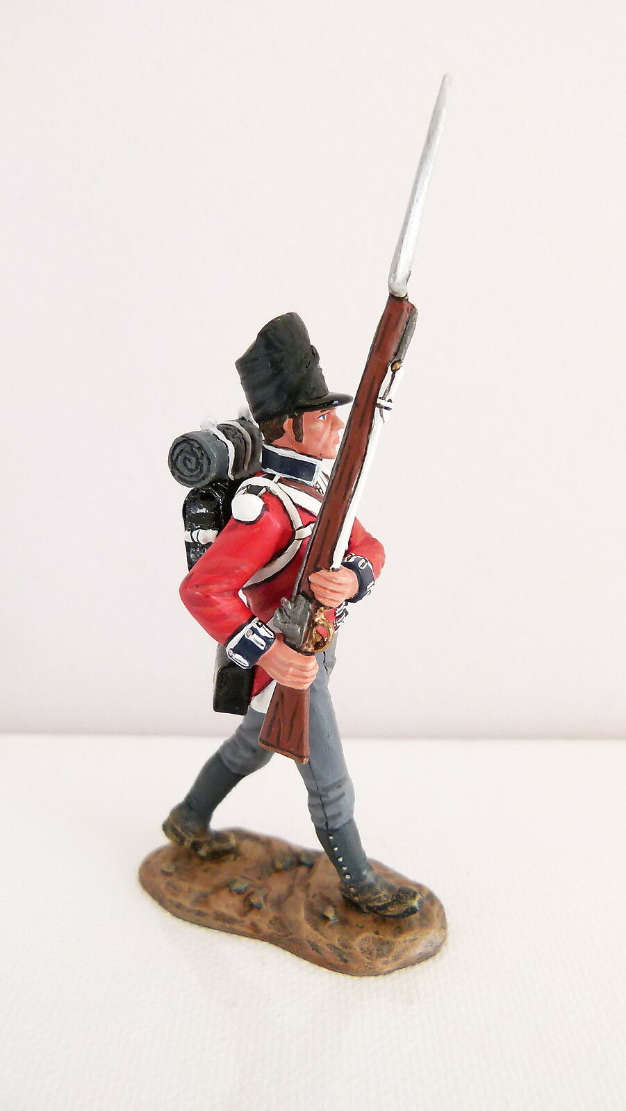 King and Country The Age of Napoleon NA193  'Advancing Coldstream Guard' - Boxed