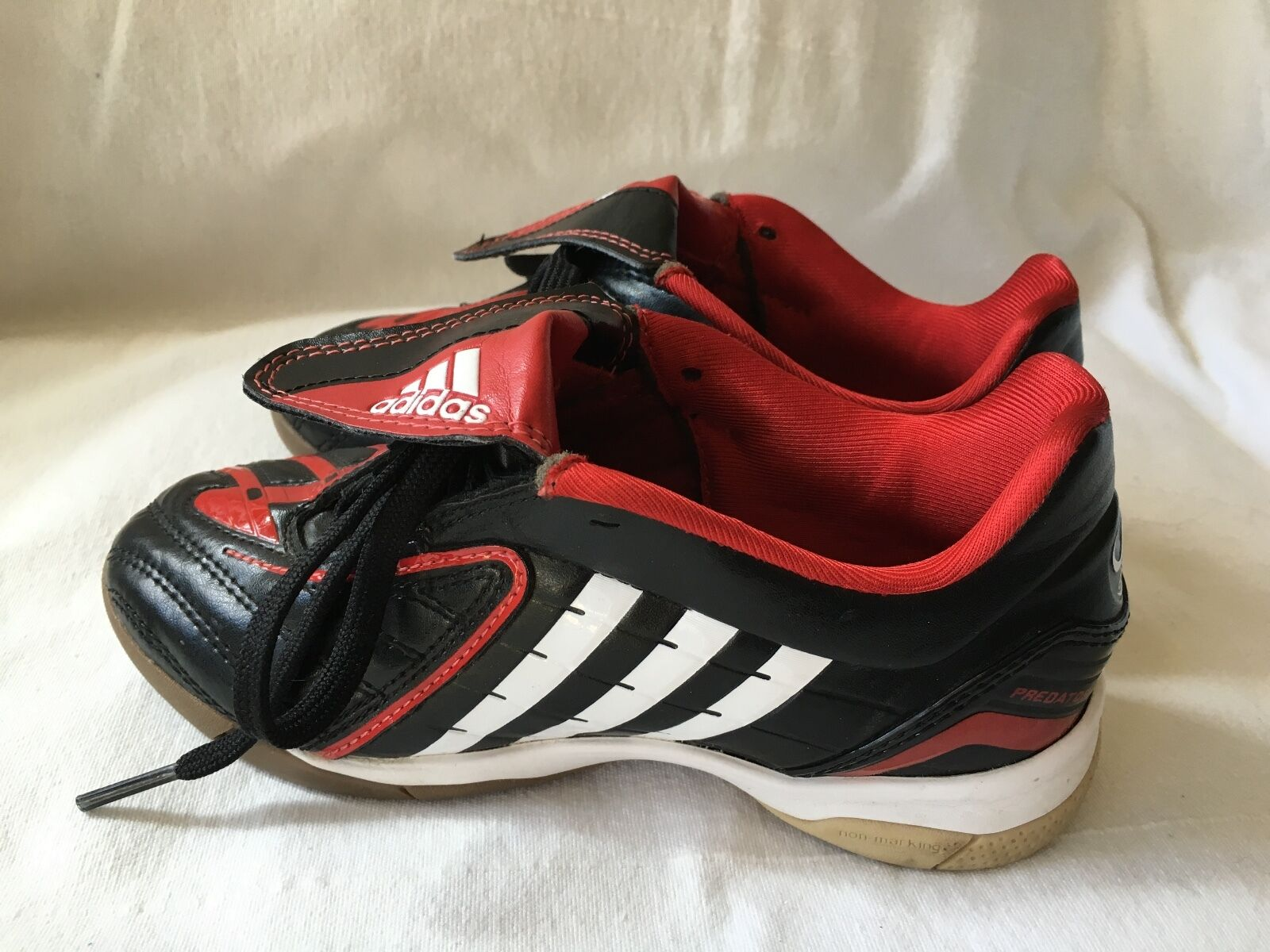 212959e29 ADIDAS Absolado Youth Kids soccer boots indoor shoes 048487-NEW-Size 13.5 US