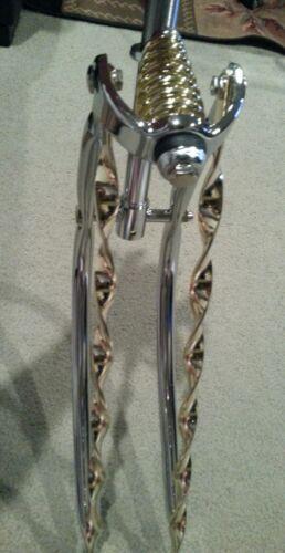 "Gold Twisted Bars /& Printemps Chrome Bent SPRINGER Fourche Pour 26/"" Cruiser Vélo"