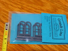 Grandt Line HO #5212 Round Top Double Hung Windows (Plastic Parts)