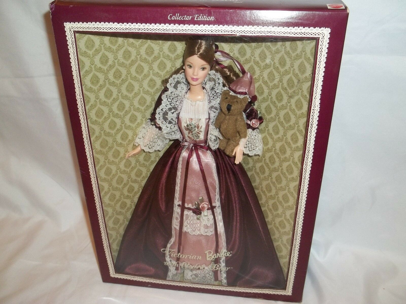 1999 Victorian Barbie With With With Cedric Bear. Collector Edition. f7941f