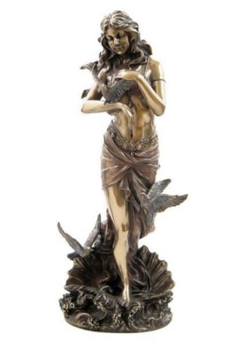 Aphrodite Venus with Doves Goddess of Love and Beauty Statue #WU75600A4