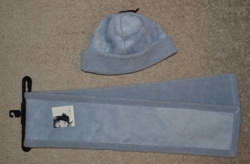 NWT $30-Womens Jaclyn Smith Suede Blue Winter Hat /& Scarf Set-size OSFM