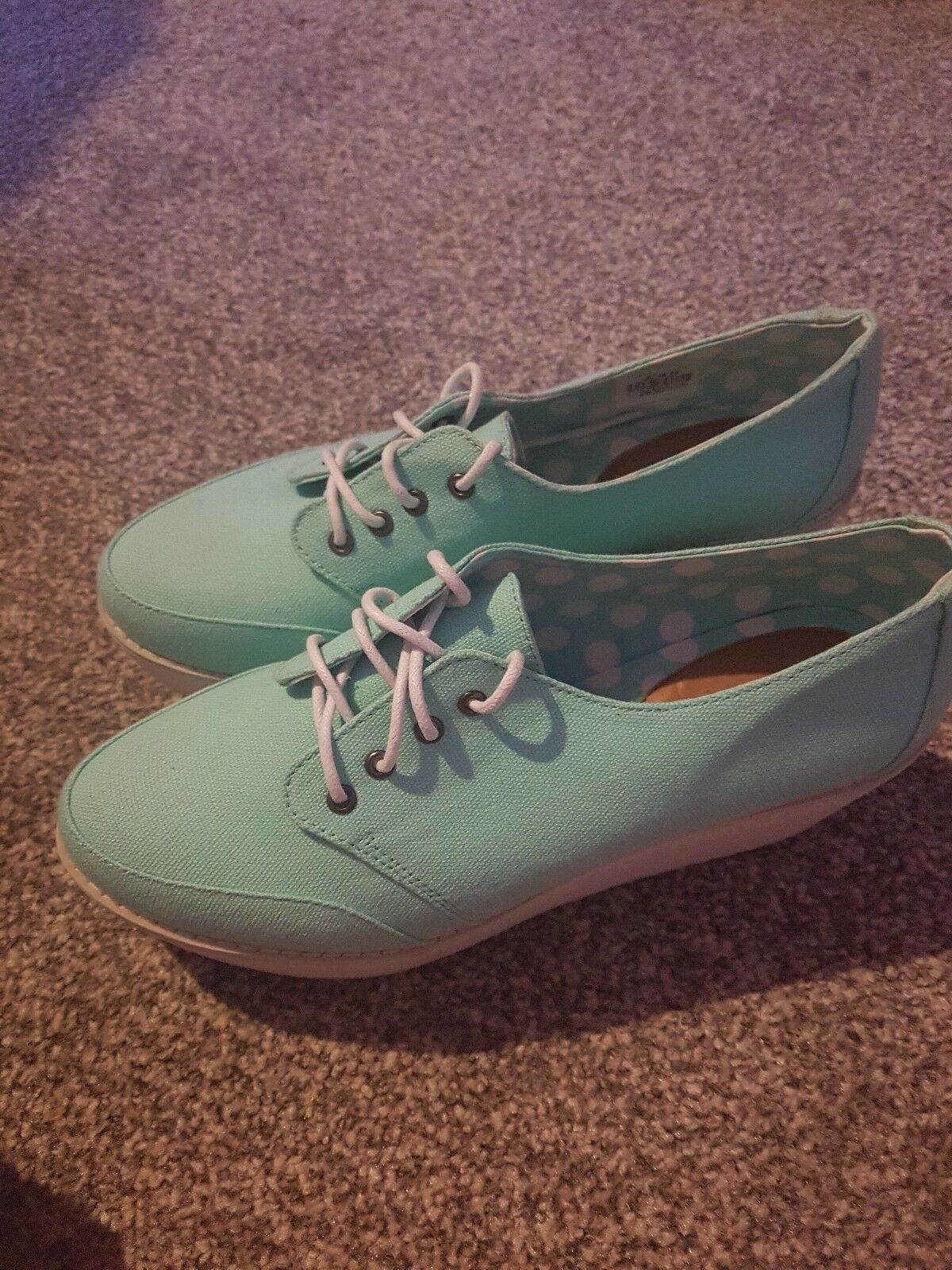 Womens size 7 mint green wedge shoes