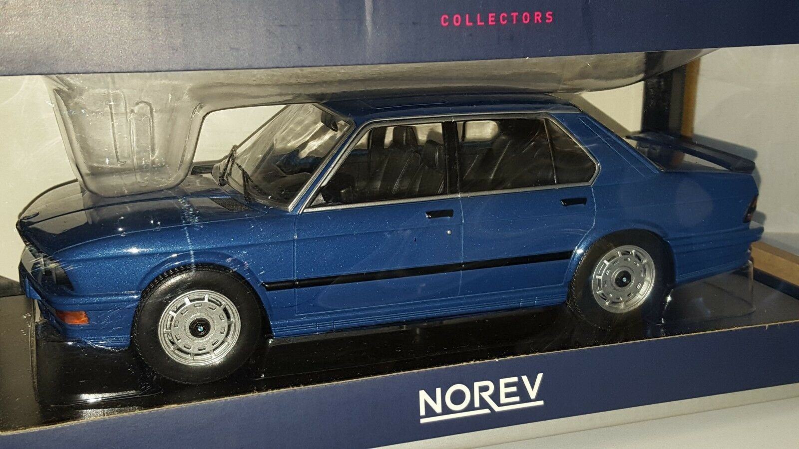 1 18 norev 1987 BMW M 535i bleu métallisé GD