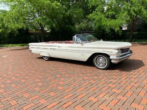 1960-Pontiac-Bonneville