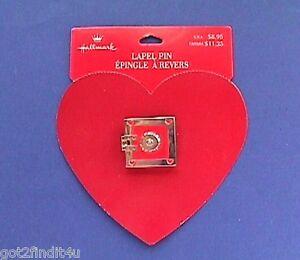 Hallmark-PIN-Valentines-Vintage-SAFE-Open-HEART-Enamel-METAL-Holiday-Brooch-NEW