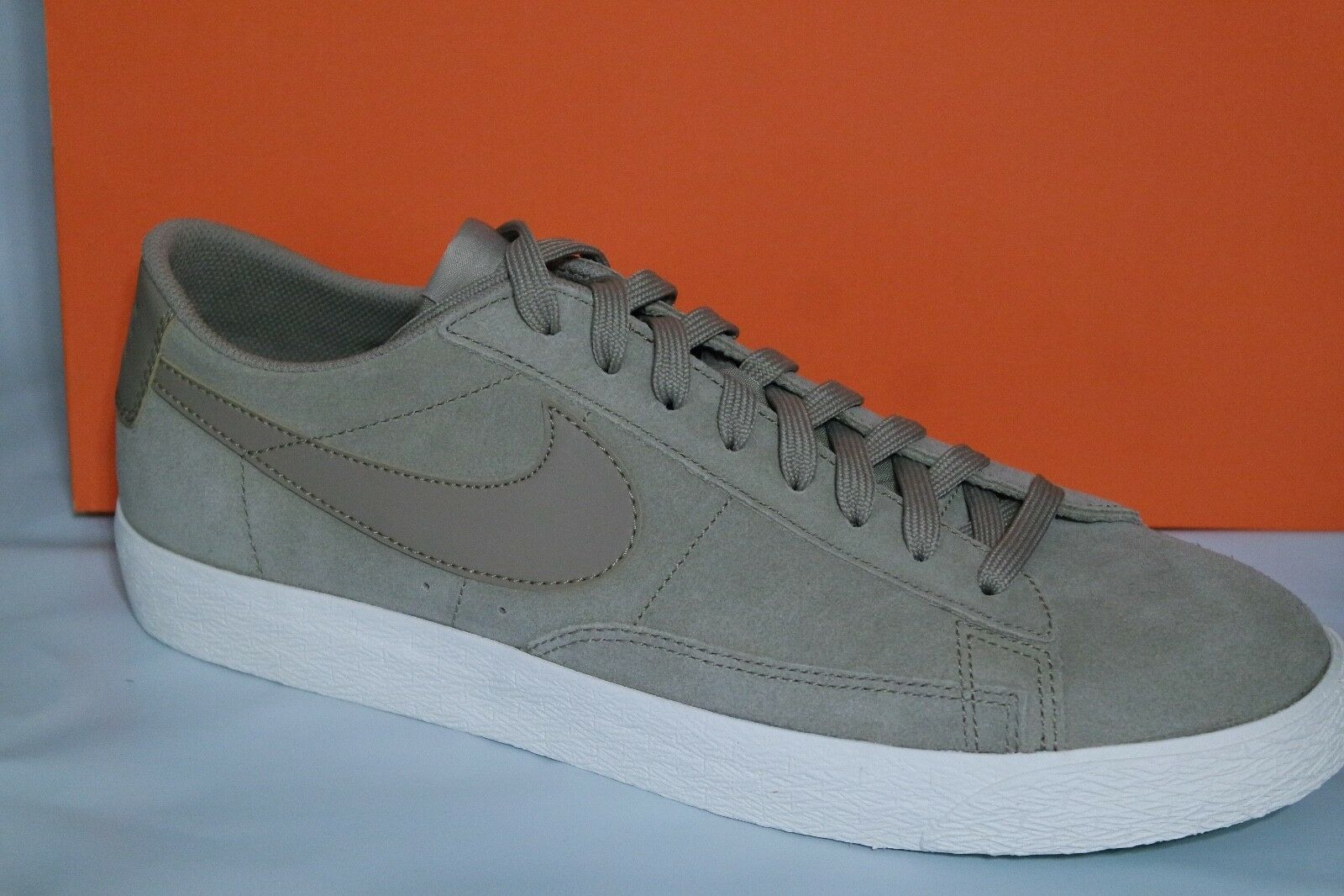 NIKE BLAZER LOW MEN'S SHOE, KHAKI, SIZE 11.5, 371760 208
