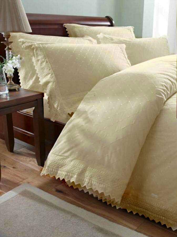 Cream Vintage Lace Broderie Anglaise Bedding   Duvet Cover Set