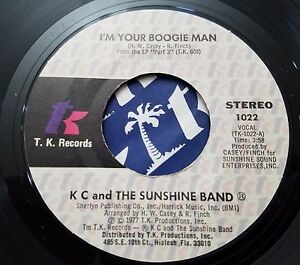 KC-amp-the-Sunshine-Band-I-039-m-Your-Boogie-Man-Wrap-Your-Arms-45-Record-Disco-Funk