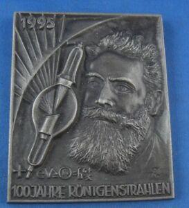 Eisen Gefertigt Nach 1945 Confident Buderus Plakette Eisen Eisenplakette 100 Jahre Röntgenstrahlen