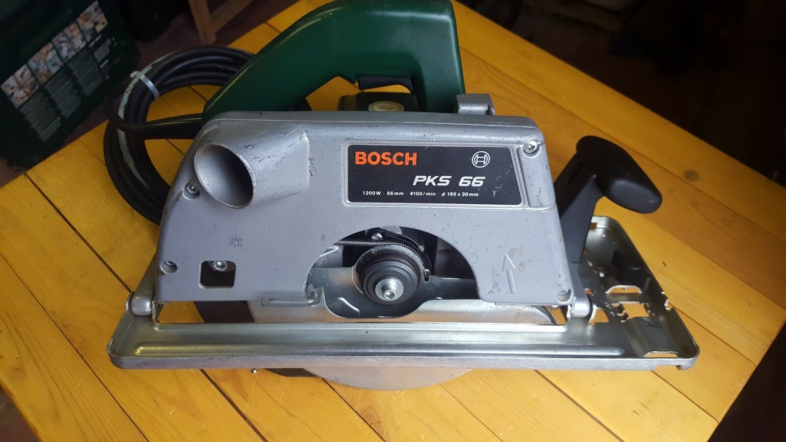 Bosch PKS 66 Kreissäge Handkreissäge