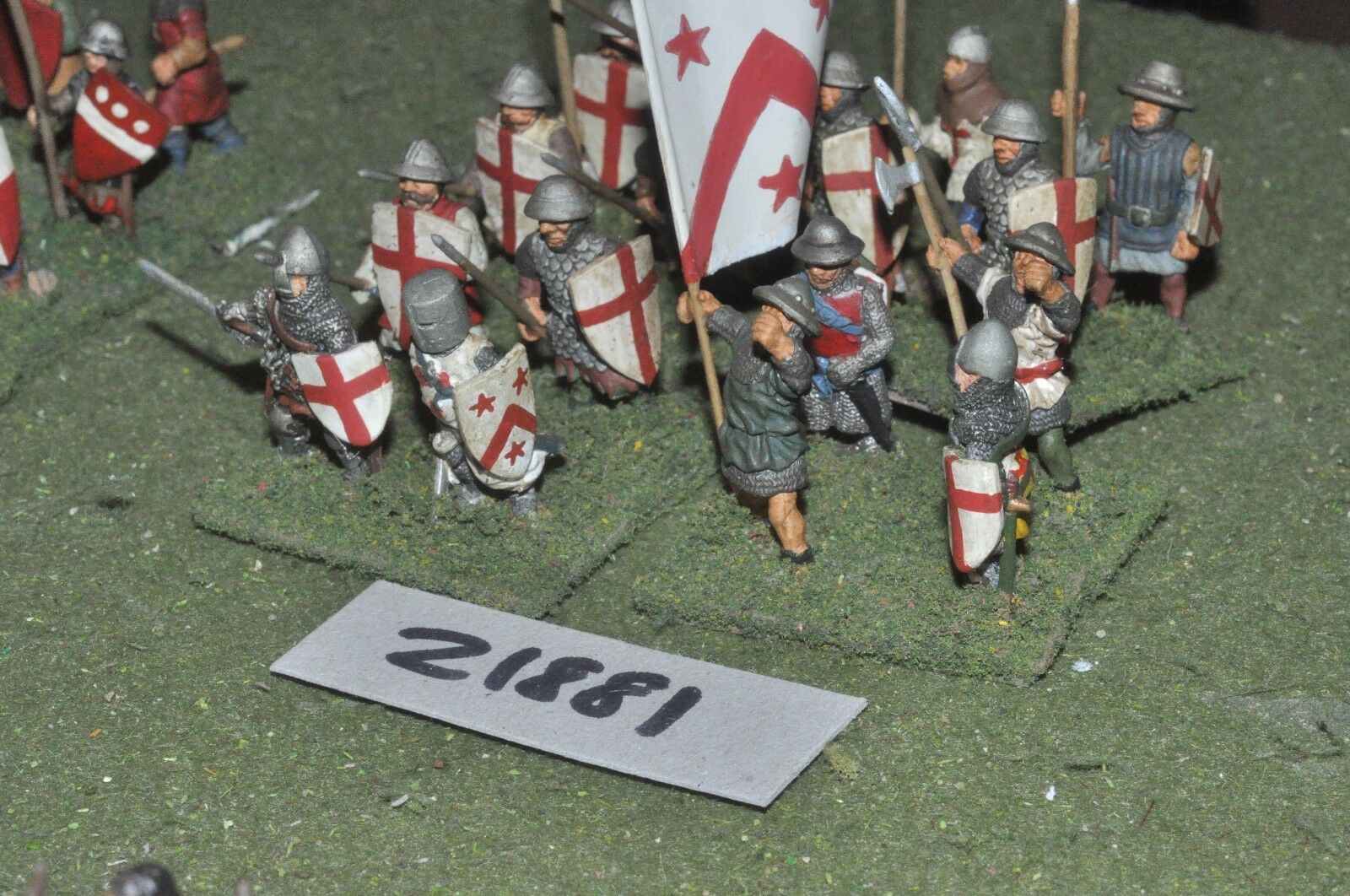 25mm medieval   english - dismounted men at arms 16 figs infantry - inf (21881)