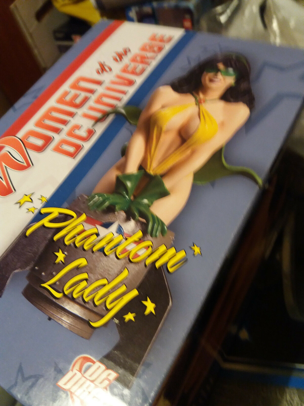 DC comics DC direct Phantom Lady bust - new, never opened   1011/3500