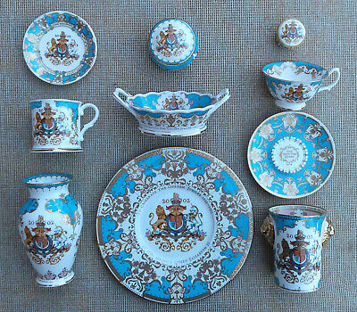 2002 GOLDEN JUBILEE THE ROYAL COLLECTION SELECTION OF COMMEMORATIVE ITEMS.